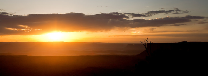 Sunrise on the White Rim Trail, Utah.